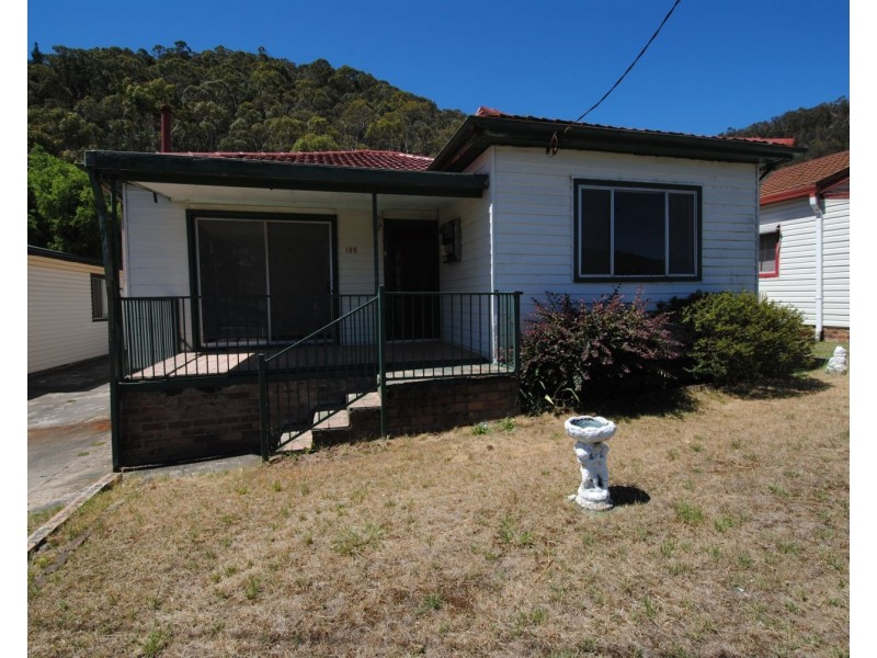 108 Sandford Avenue, Lithgow NSW 2790