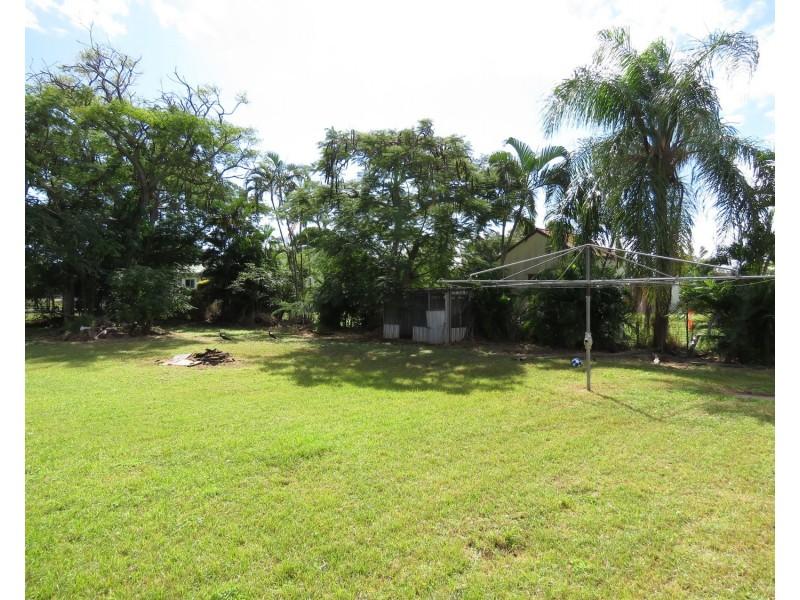 18 George Street, Bowen QLD 4805