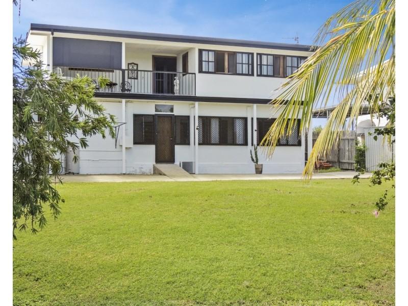 17 Elphinstone Street, Bowen QLD 4805