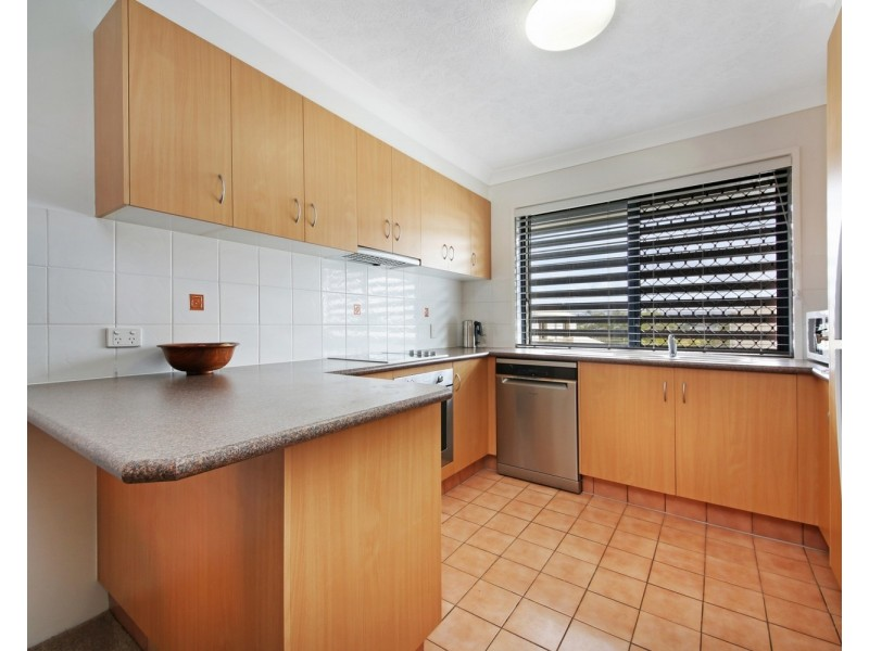 10/15 Johnston Street, Southport QLD 4215