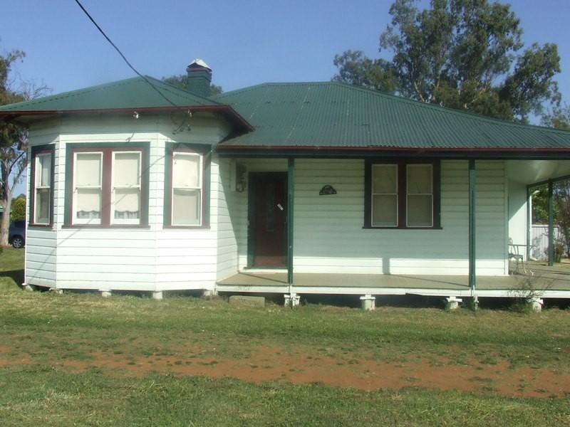 36 Perth Street, Aberdeen NSW 2336