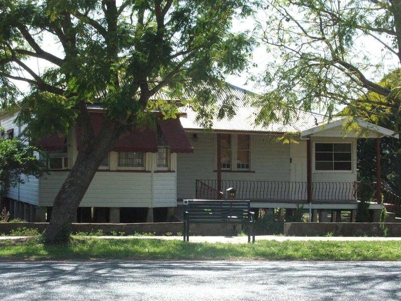 34 Macqueen Street, Aberdeen NSW 2336