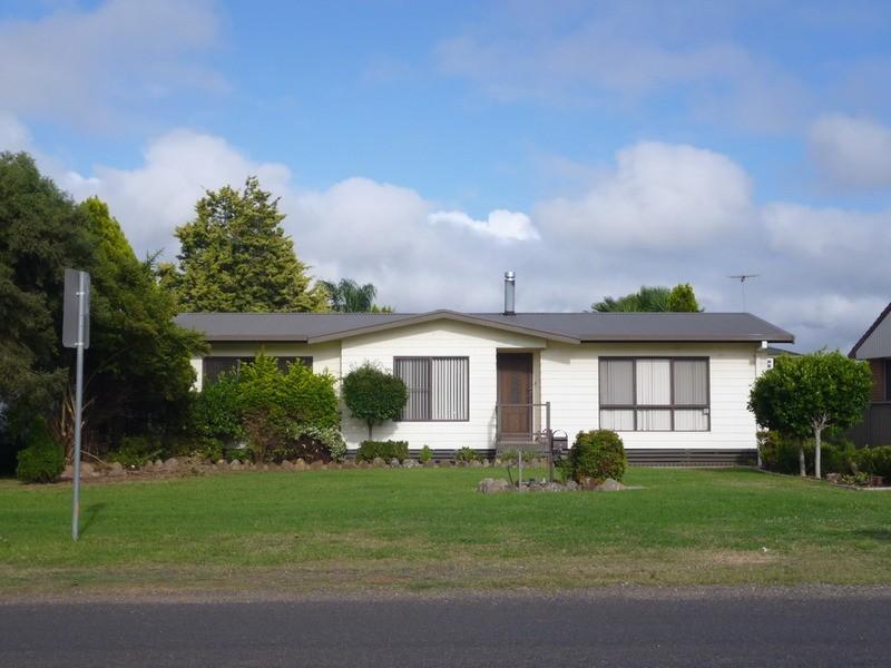 105 Segenhoe Street, Aberdeen NSW 2336