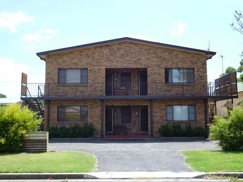 1/10 Gundebri  Street, Aberdeen NSW 2336