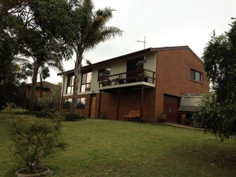 1 McLeod  Street, Aberdeen NSW 2336