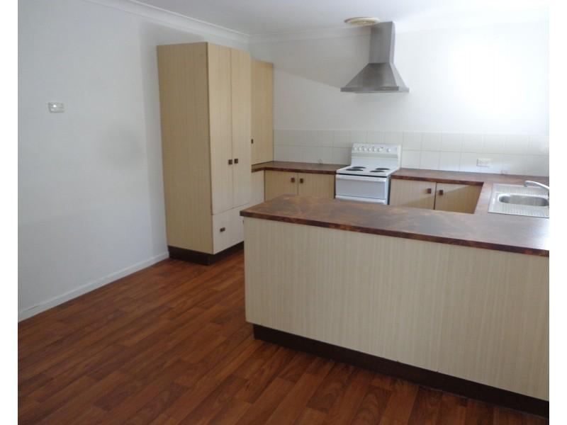 68 Macqueen Street, Aberdeen NSW 2336