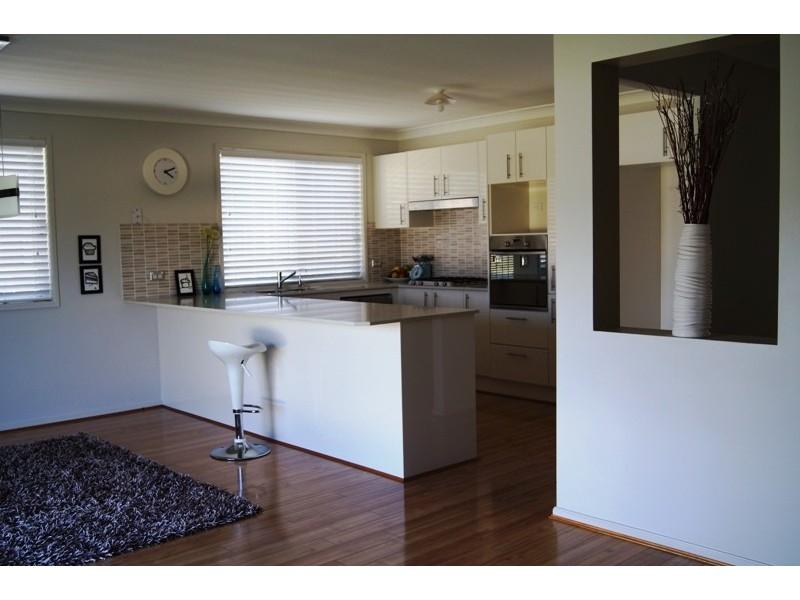 76 Abercairney Terrace, Aberdeen NSW 2336