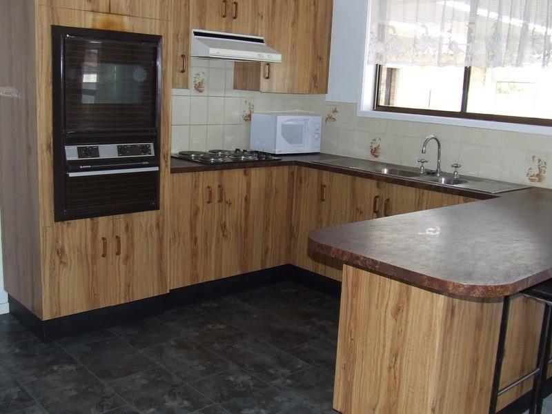 16 McLeod Street, Aberdeen NSW 2336