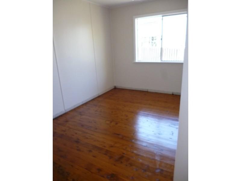 28 Mount Street, Aberdeen NSW 2336