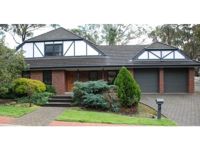 14 Woodland Grove, Aberfoyle Park SA 5159