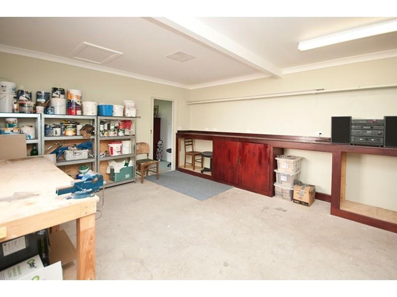15 Dew Street, Aberfoyle Park SA 5159