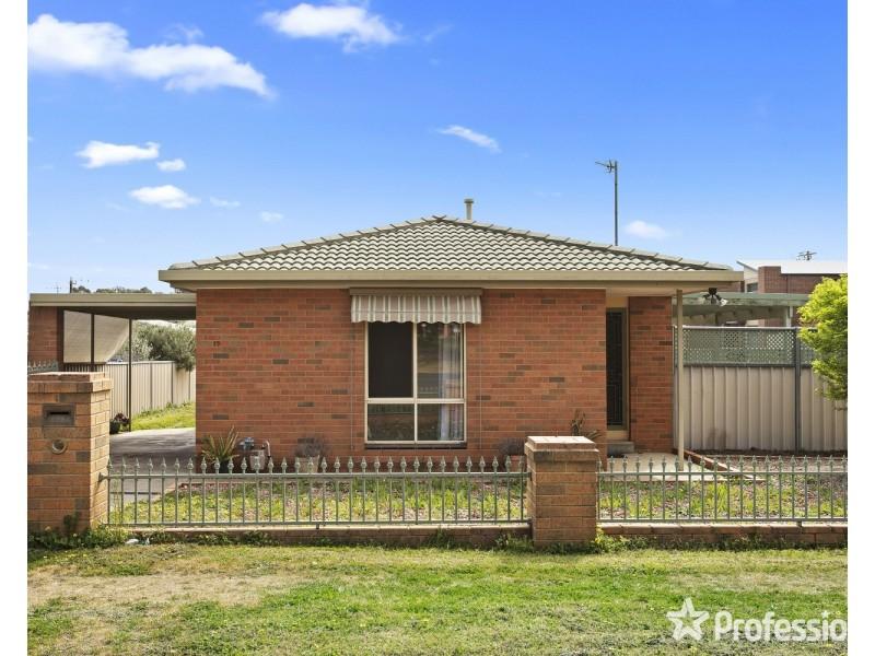 19 Short Street, Kangaroo Flat VIC 3555