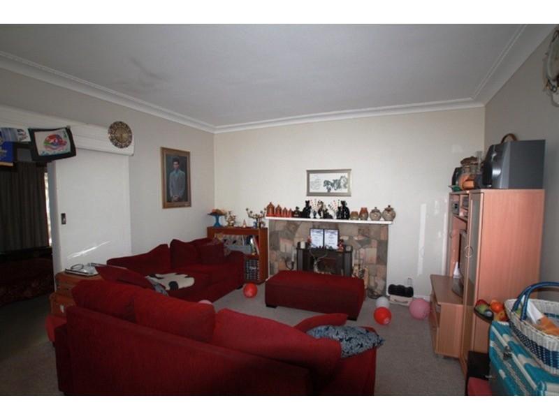 18 Leigh Avenue, Kennington VIC 3550