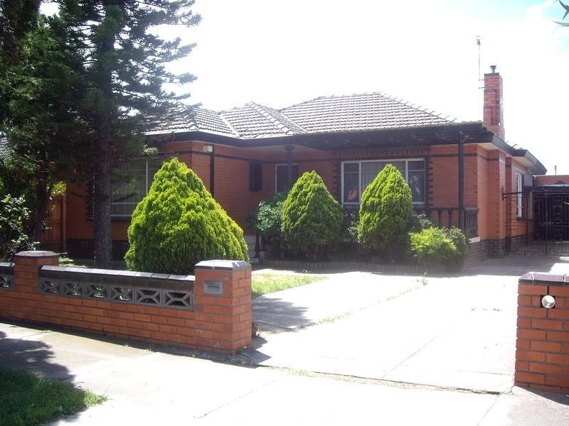52 Rosala Avenue, Altona North VIC 3025