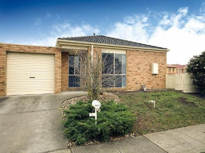1/2 Markham Way, Altona Meadows VIC 3028