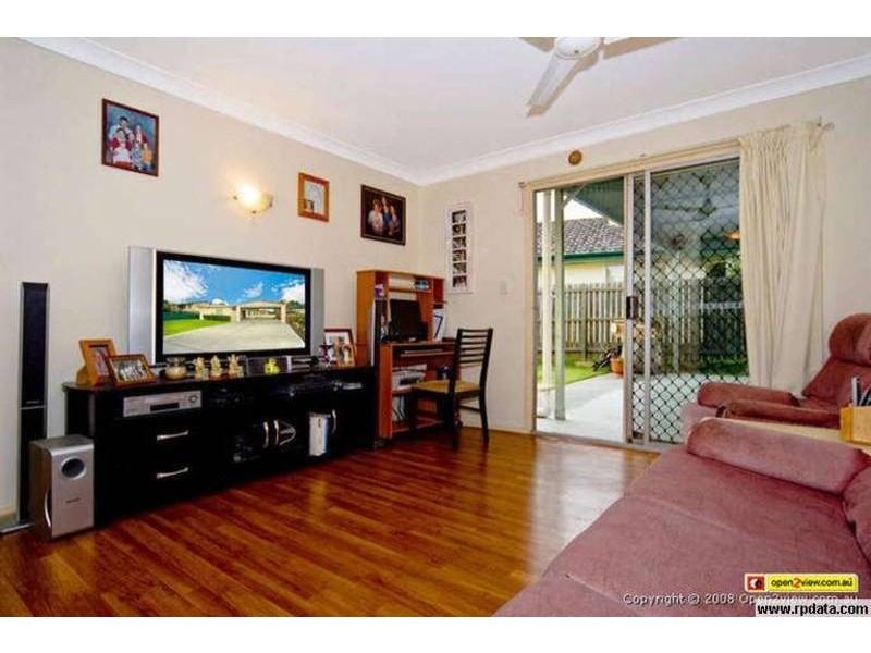10 Clancy Court, Eagleby QLD 4207