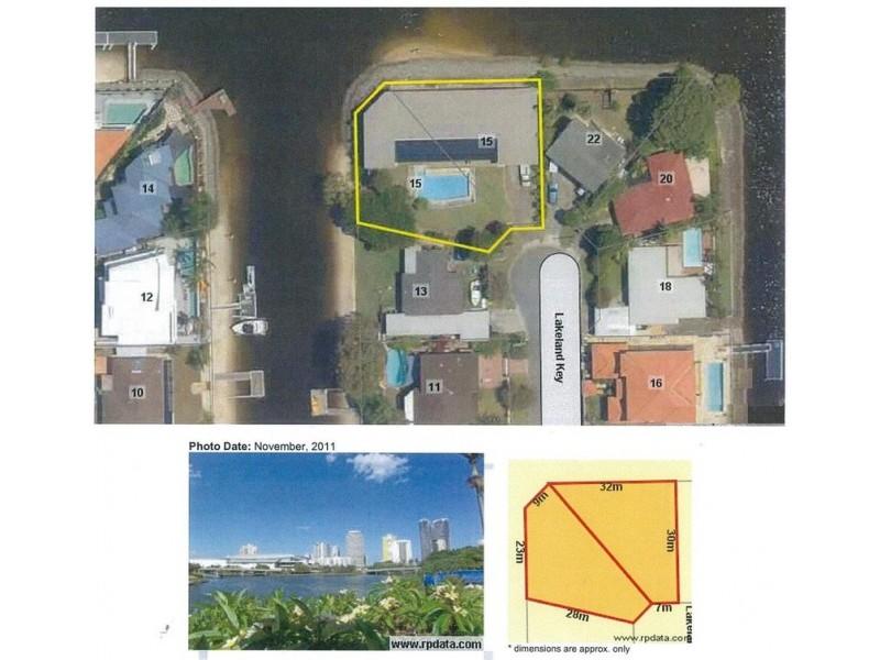 15-17 Lakeland Key, Broadbeach Waters QLD 4218