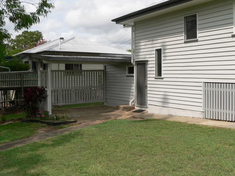 7 Nathan Street, East Ipswich QLD 4305