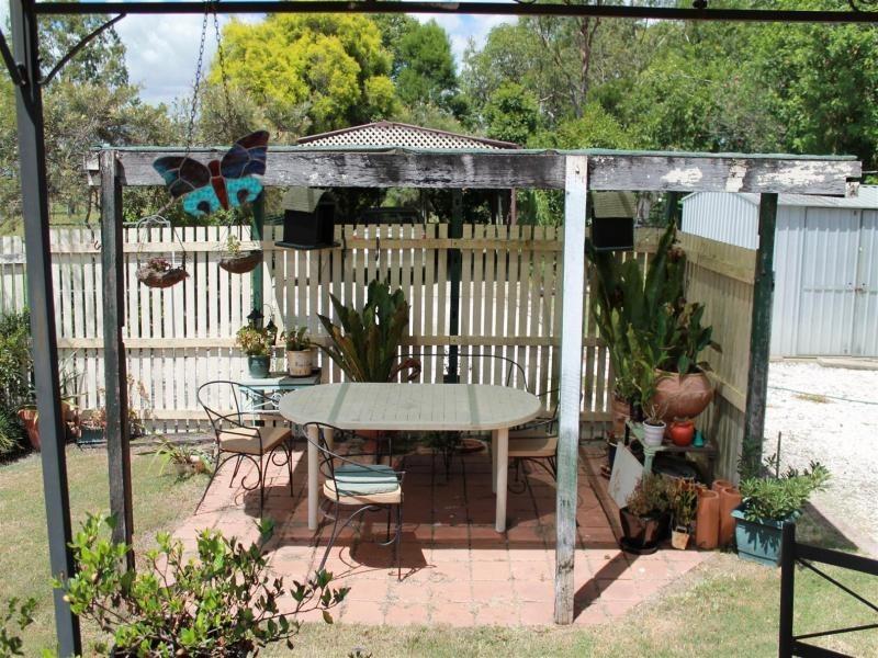 2 Madden Lane, Rosewood QLD 4340