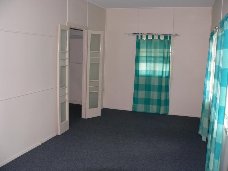 2 Yates Street, Rosewood QLD 4340