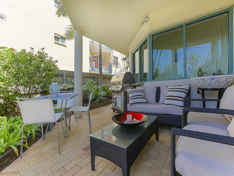 2/18 Warne Terrace, Kings Beach QLD 4551