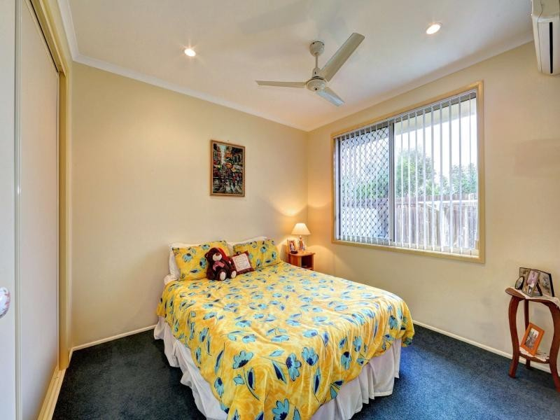 4 Riordan Place, Bargara QLD 4670