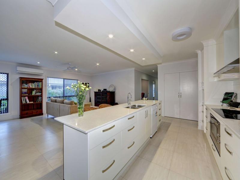 12 Firefly Street, Bargara QLD 4670
