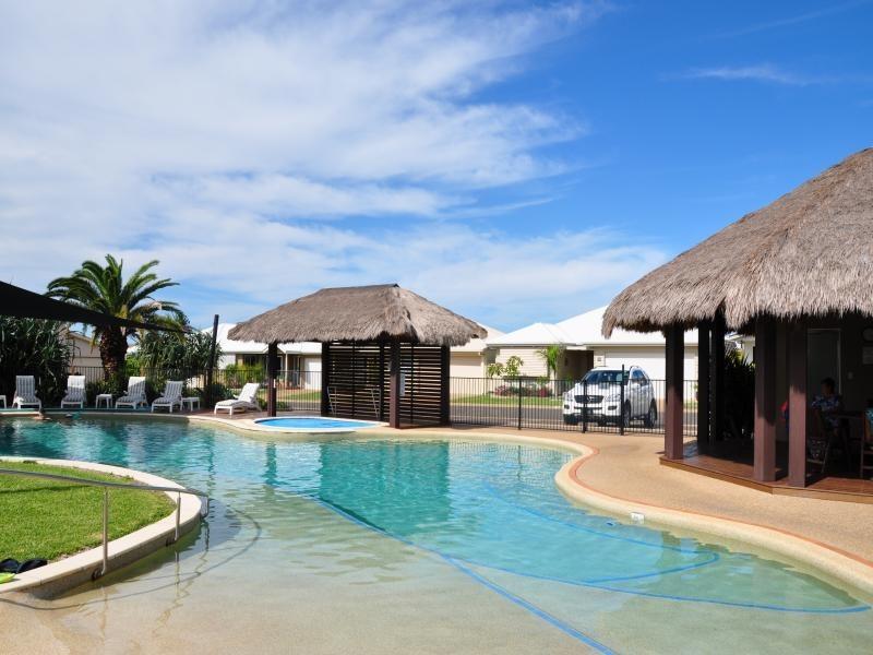73/39 Wearing Rd Palm Lake Resort, Bargara QLD 4670