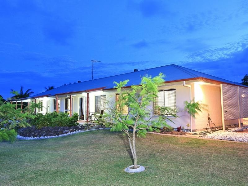 1/6 Orlabah Avenue, Bargara QLD 4670