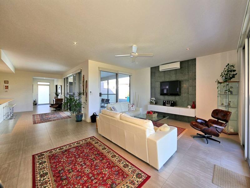 28 Masthead Drive, Bargara QLD 4670