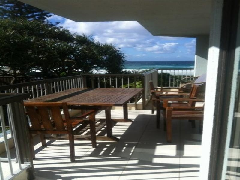 102/3555 Main Beach Parade, Main Beach QLD 4217
