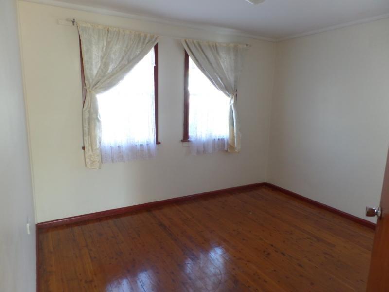 HOLFORD RD, Cabramatta West NSW 2166