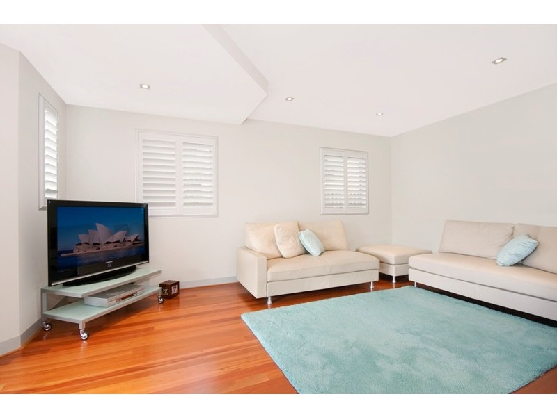 2/59 Walton Crescent, Abbotsford NSW 2046