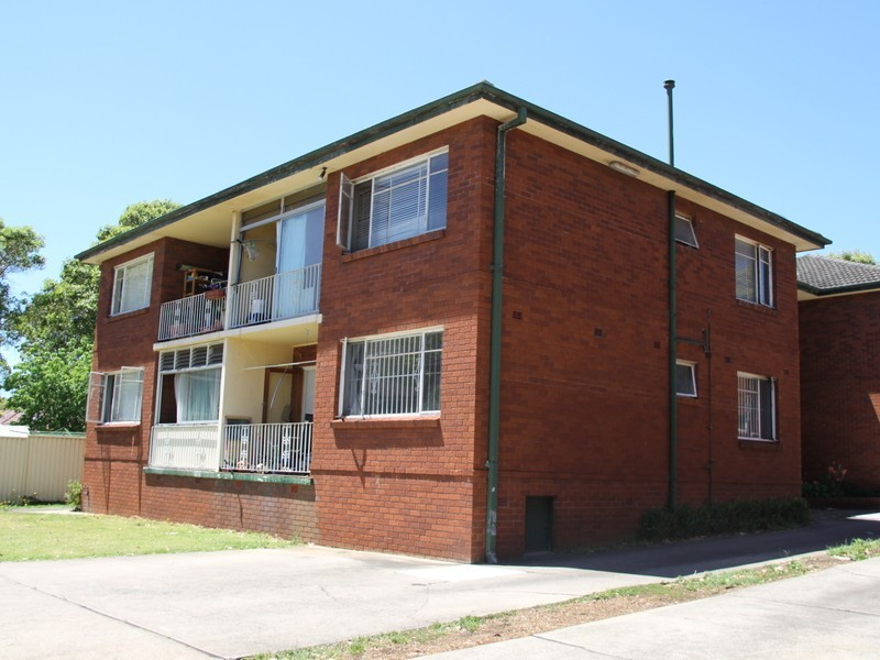 4/65 Ninth Ave, Campsie NSW 2194