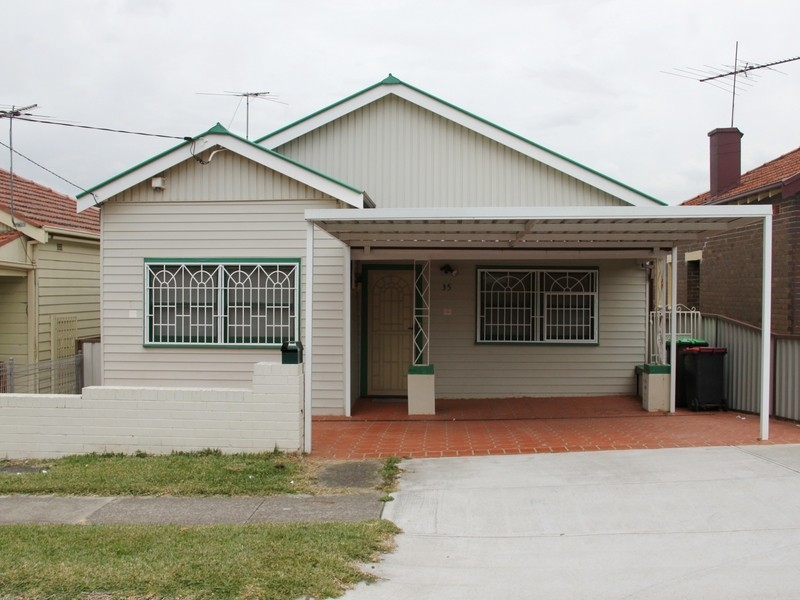 35 VIKING ST, Campsie NSW 2194