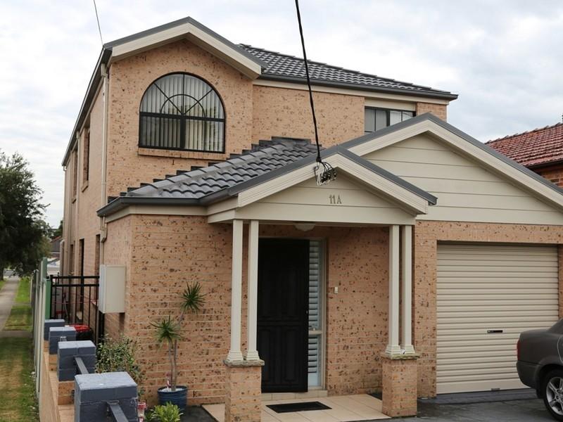 11a Fletcher Street, Campsie NSW 2194