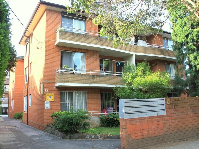 12/15 Seventh Ave, Campsie NSW 2194