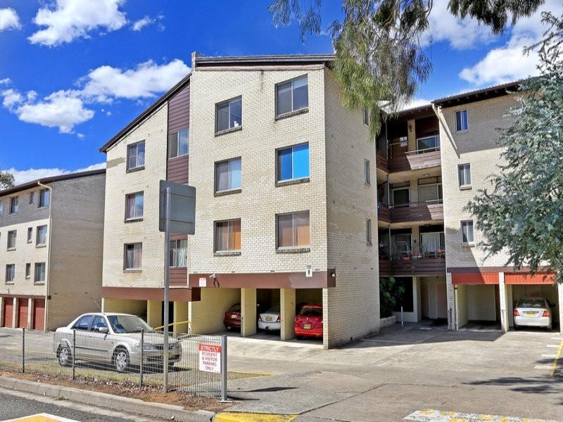 2/147 Wellington Rd, Sefton NSW 2162