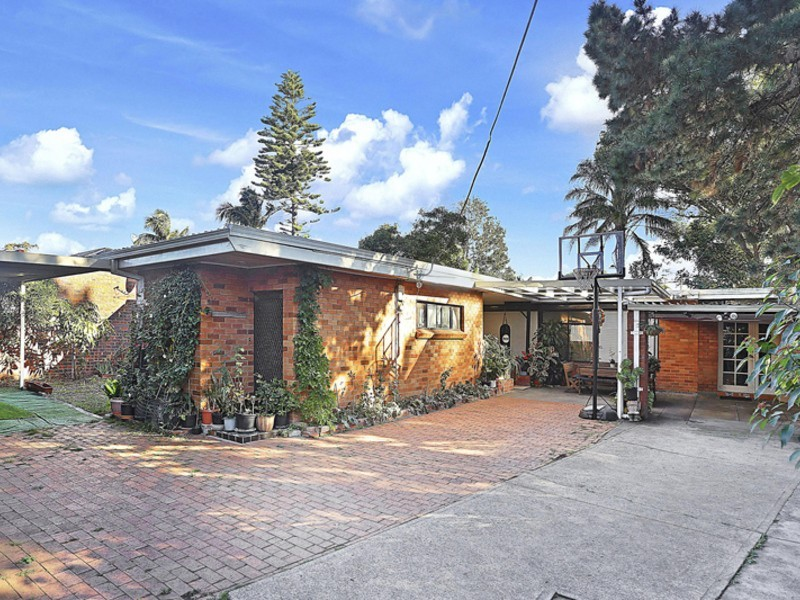 42a Second Ave, Campsie NSW 2194