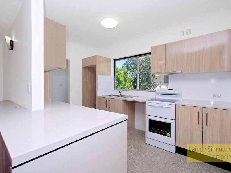 33 First Ave, Campsie NSW 2194