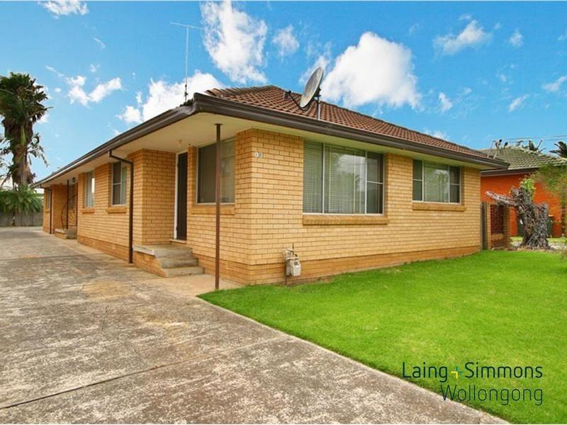 2/18 Lendine Street, Barrack Heights NSW 2528