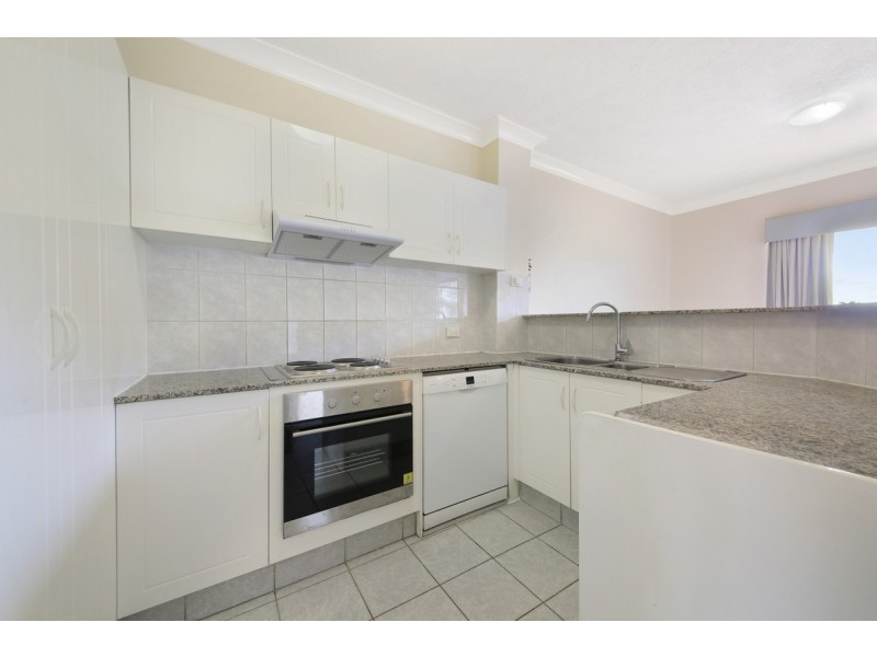 6/20 Little Norman Street, Southport QLD 4215