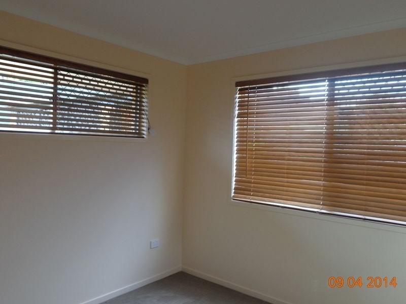 4 Martin Place, Ashmore QLD 4214