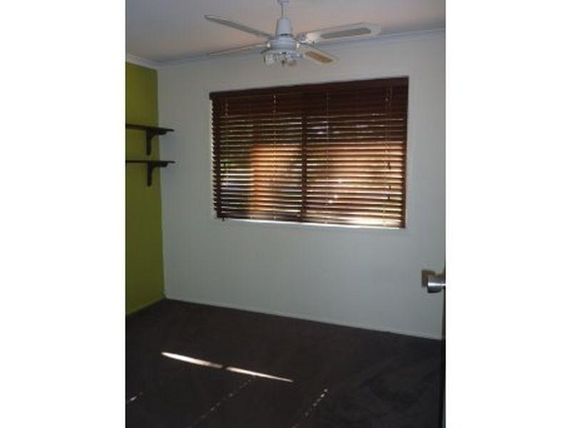 11 Clivia Cres, Daisy Hill QLD 4127