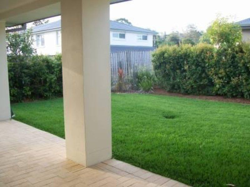 16 Dennis Vale, Daisy Hill QLD 4127