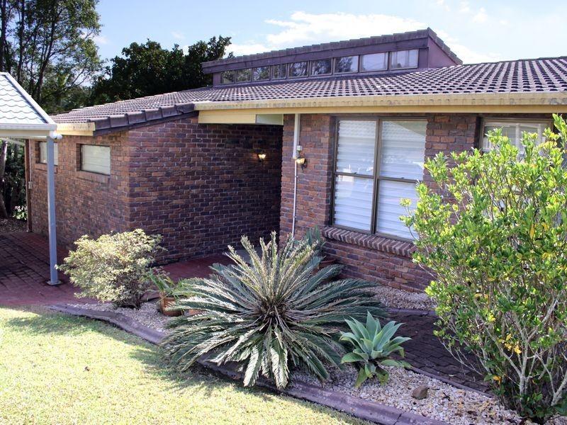 13 Hillside Drive, Daisy Hill QLD 4127