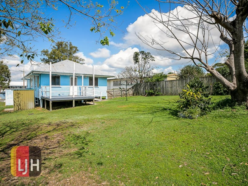 No. 19 Thuruna Street, Stafford QLD 4053