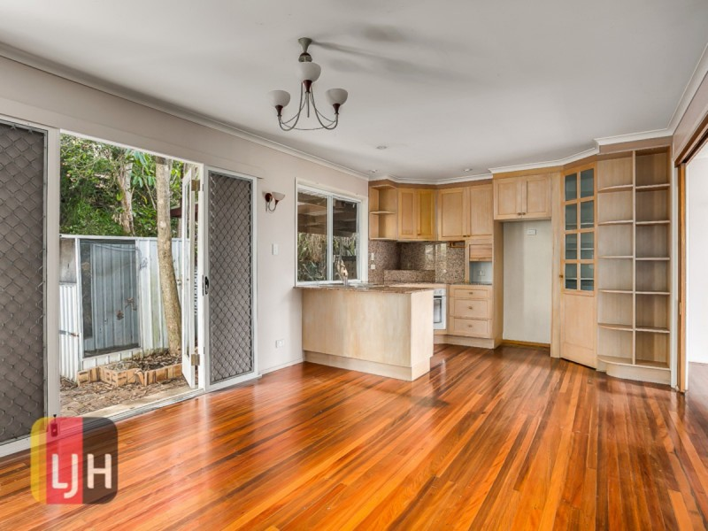 31 Conifer Street, Alderley QLD 4051