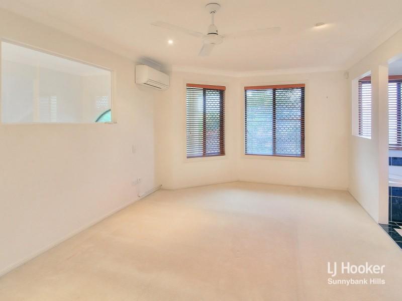 60 Ulinga Crescent, Parkinson QLD 4115