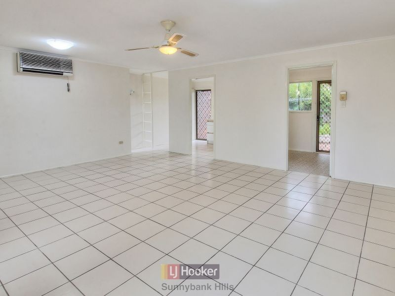 4 Longridge Street, Macgregor QLD 4109